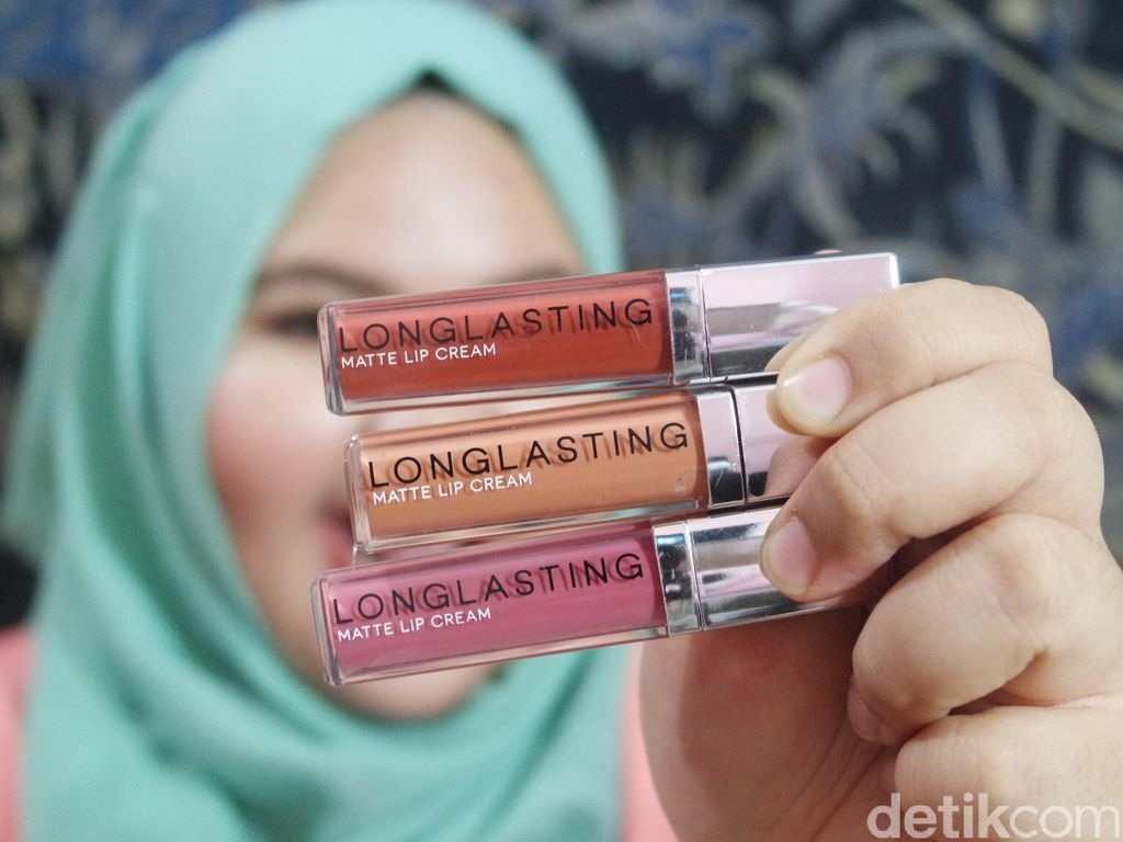 Product Review: Mencoba Lipstik Matte Keluaran Brand Lokal, LT Pro