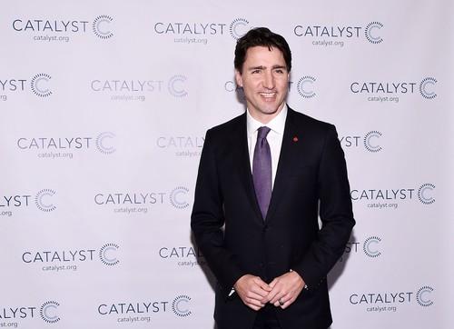 Kaos Kaki Star Wars Ala Justin Trudeau Dijual Rp 200 Ribuan