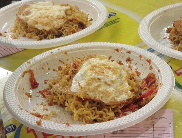 Berani Coba? Ini Dia 7 Makanan Pedas yang Paling Fenomenal!