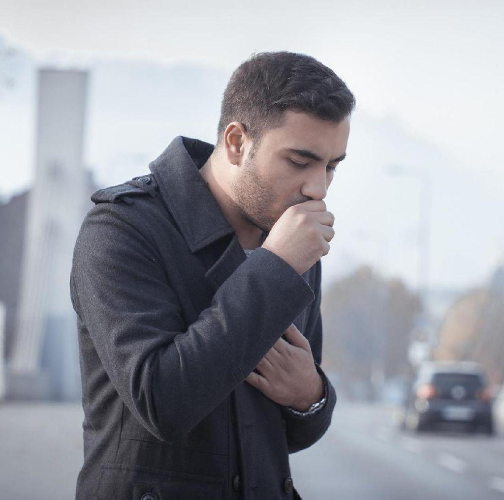 Hobi Merokok dan Sesak Napas Terus-terusan? Bisa Jadi Penyakit Paru Kronik