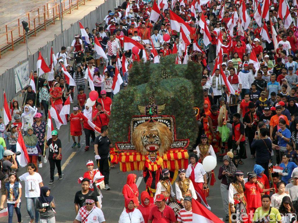 Selain arak-arakan, gelaran karnaval cinta NKRI juga diisi beragam atraksi daerah. Seperti Reog Ponorogo dan Barongan, Tarian Maluku, Rebana, komunitas sepeda onthel, Ondel-ondel, drum band serta atraksi lainnya.