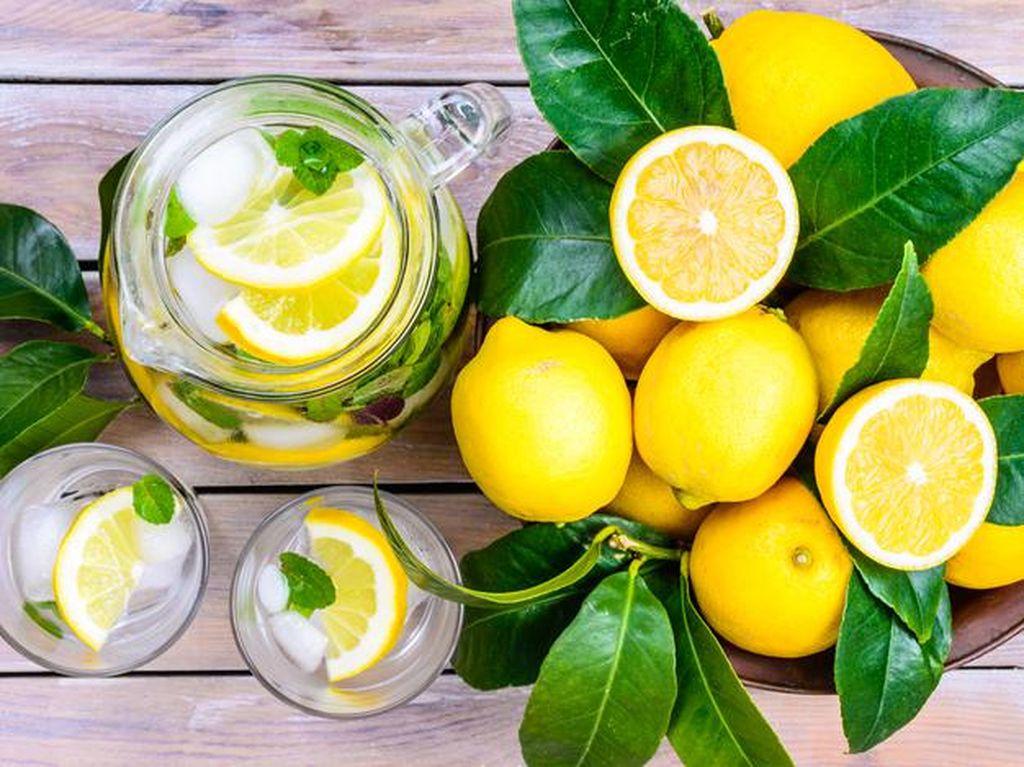 Selain untuk Memasak, Ini 8 Manfaat Jeruk Lemon di Dapur (2)