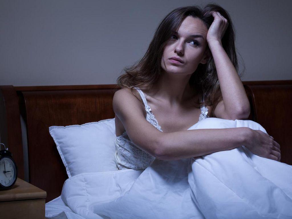 Mata Sulit Terpejam di Malam Hari? Mungkin Anda Stres
