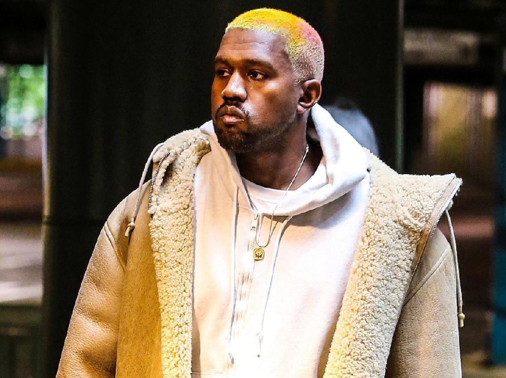 Setelah Yeezy, Kanye West Akan Rilis Brand Makeup?