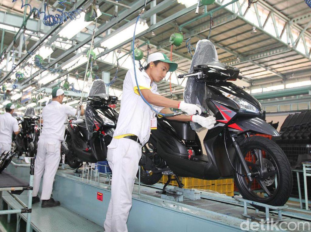 Motor terlaris ke-2 September 2017 milikHonda Vario Series (termasuk 110, 125, dan 150 cc) mencapai 111.883 unit,Foto: PT Astra Honda Motor