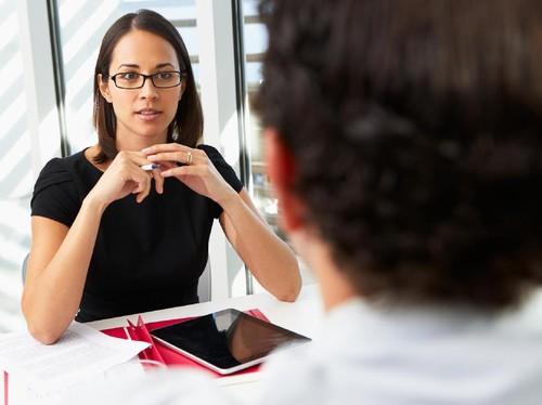 7 Cara Meninggalkan Kesan Baik Saat Wawancara Kerja