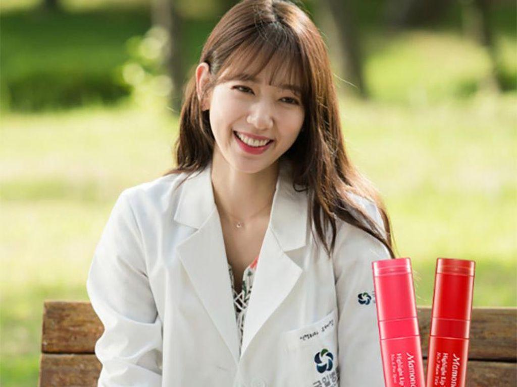 Product Review:  Lip Tint Mamonde yang Dipakai Park Shinhye di Doctors