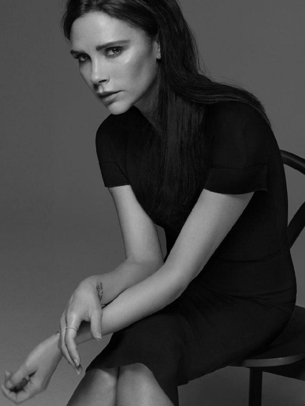 Victoria Beckham Rilis Koleksi Busana Untuk Wanita Plus Size