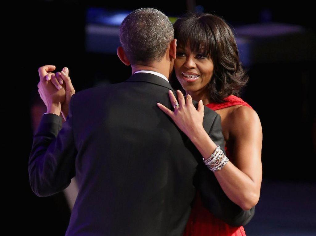 Ritual Ini yang Bikin Pasangan Barack dan Michelle Obama Selalu 'Intim'