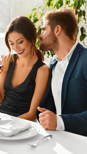 Lakukan Ini Untuk Membuat Pasangan Kembali Merasakan Jatuh Cinta Lagi