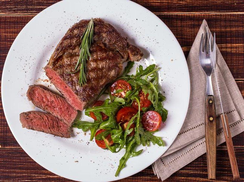 Selain Nanas, Ini 9 Bahan Alami untuk Mengempukkan Daging (2)