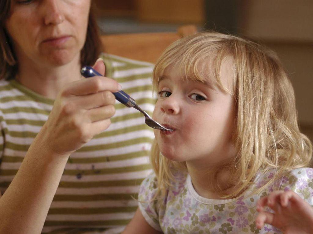 Begini Caranya Menjaga Keseimbangan Nutrisi si Kecil