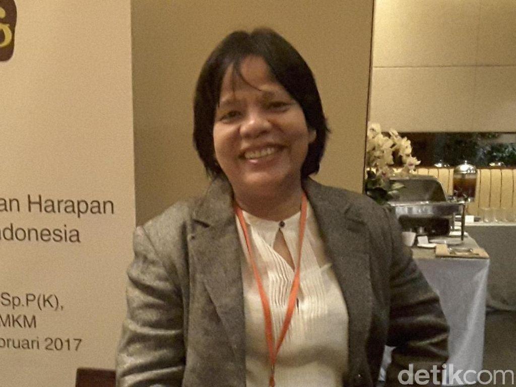 dr Elisna SpP dan Caranya Mengedukasi Pasien Lewat Banyolan