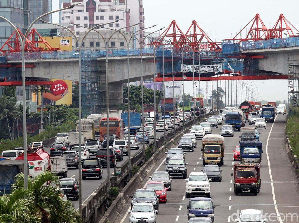 Pembangunan konstruksi mass rapid transit (MRT) Jakarta dipercepat agar dapat beroperasi sesuai dengan target, yakni pada bulan Maret 2019.