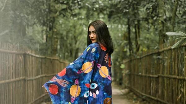 Rossyta Wahyutiar, Si Seniman Muda 'Psychedelic'