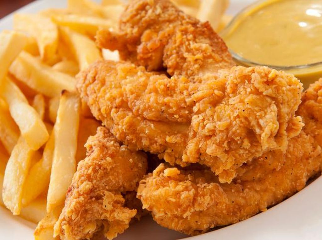 Krenyes Garing Kulit Ayam Goreng Tepung Bisa Dibuat dengan 4 Langkah Ini!