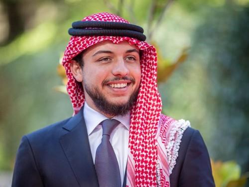 Foto: Hussein, Pangeran Arab Tampan dan Pintar yang Masih Single