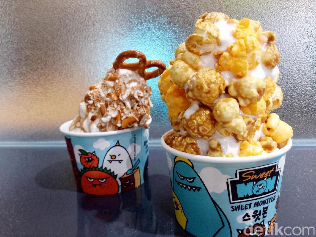 Nyam! Lembutnya Es Krim dengan Taburan Popcorn Renyah