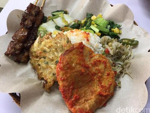 Kehidupan: Makan Murah Meriah dengan Sate dan Telur Vegetarian yang Sedap
