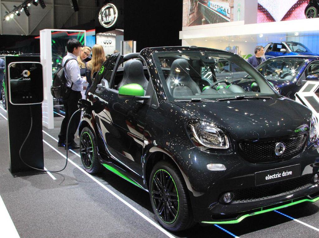 Thailand Turunkan Pajak Mobil Hybrid dan Listrik