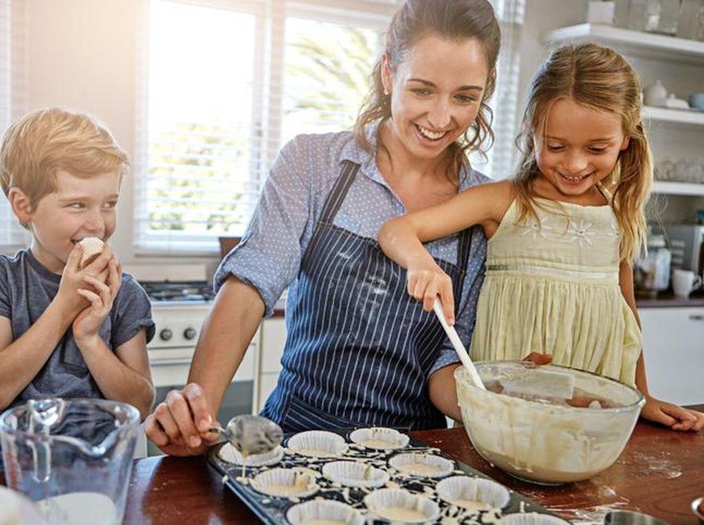 5 Hal Ini Bisa Menarik Minat Anak untuk Memasak