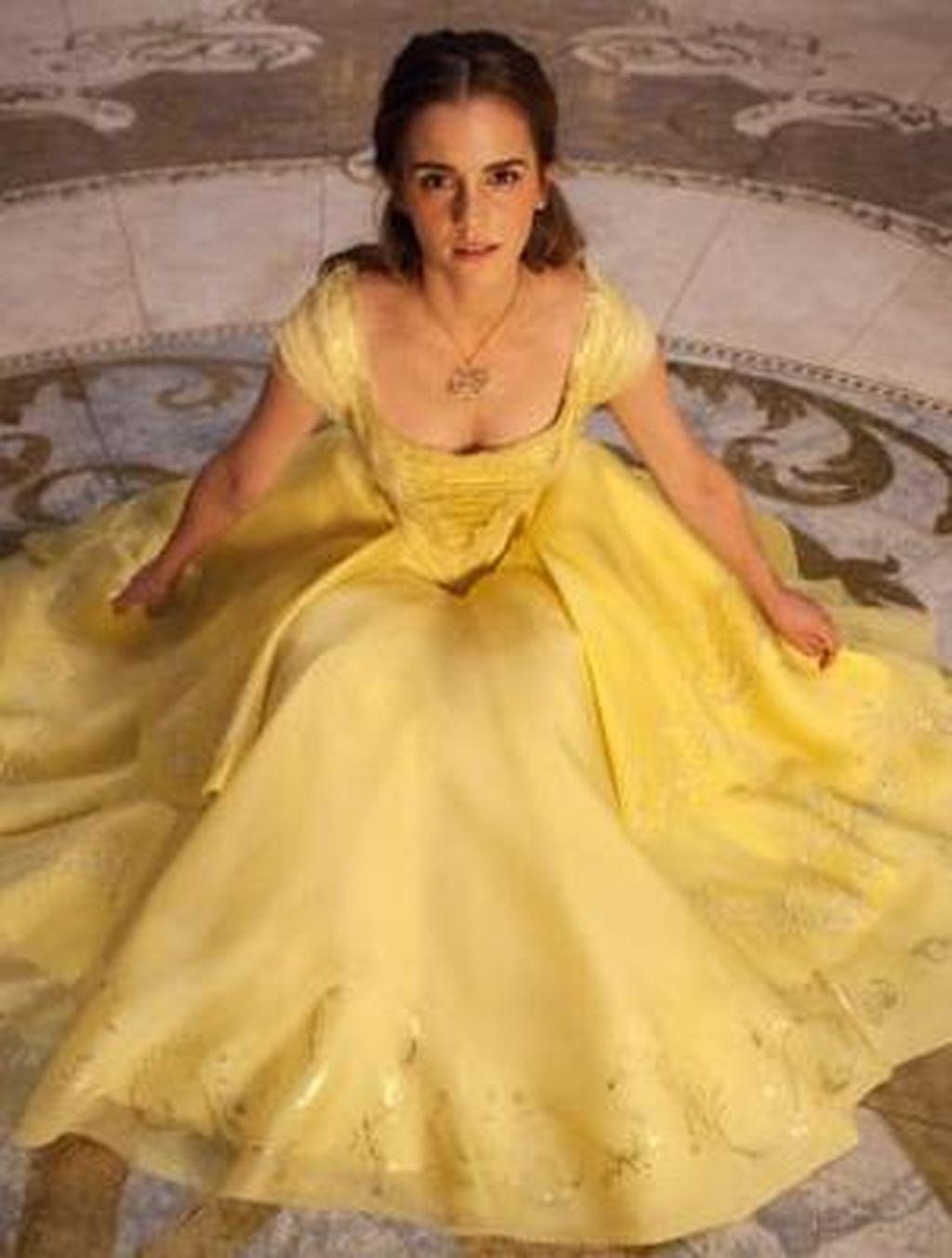 Kalung Belle di Beauty and the Beast Dijual Rp 4,7 Juta, Tertarik?