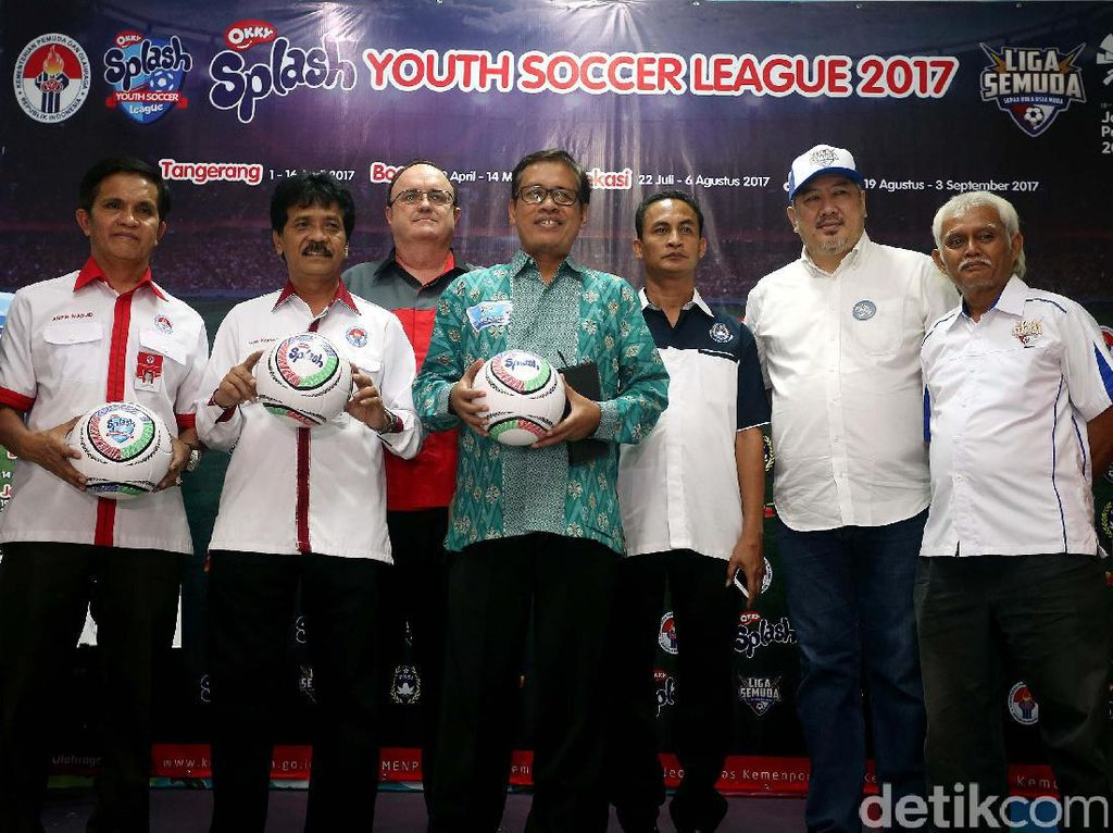 Kemenpora Gelar Liga Sepak Bola Usia Muda