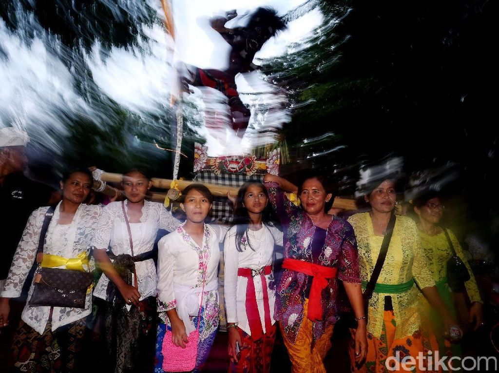 Pawai Ogoh-Ogoh Meriahkan Penyambutan Nyepi di Tanah Abang