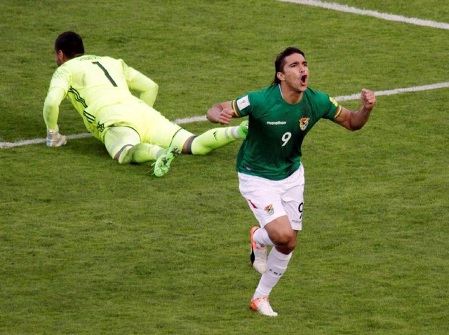 Bolivia Tundukkan Argentina 2-0