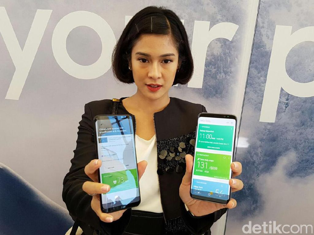 Menggenggam Galaxy S8 di New York