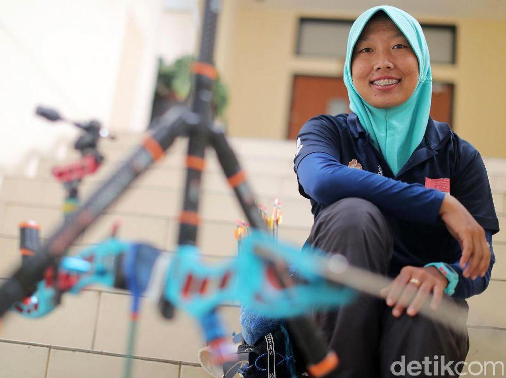 Titi Kusumawardhani, salah satu atlet panahan Indonesia tengah bersiap menuju SEA Games 2017 Malaysia.