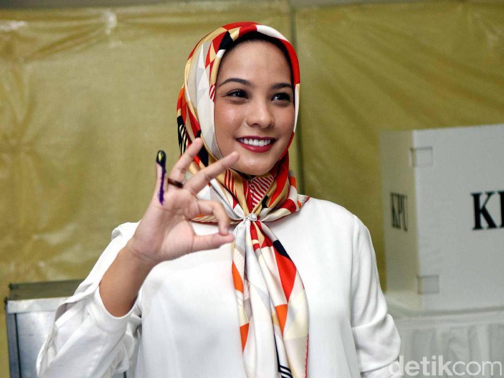 Foto: Gaya Hijab 7 Ibu-ibu Pejabat Anggota DPR RI