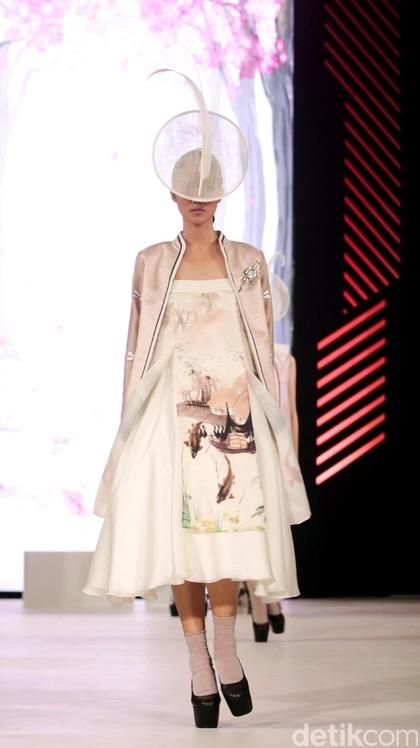 Foto: Fashion Show Denny Wirawan di Fashion Nation 2017