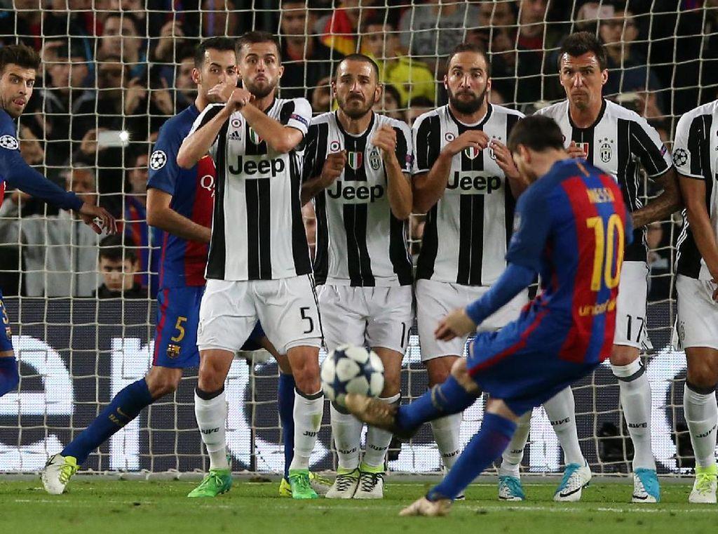 Juventus digempur habis-habisan oleh Barcelona di Camp No, namun, lini pertahanan Juventus yang dipimpin oleh Leonardo Bonucci dan Giorgio Chiellini tampil sangat solid untuk meredam serbuan-serbuan Barca. Messi, Suarez, dan Neymar pun frustrasi.Reuters/Albert Gea.