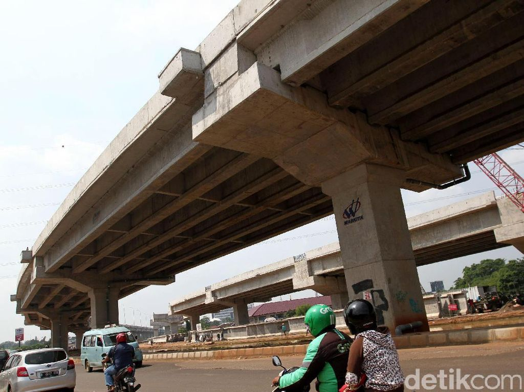 Rencana pembangunan jalan tol tersebut digulirkan dengan tujuan mengurangi kemacetan di jalur Bekasi-Jakarta.