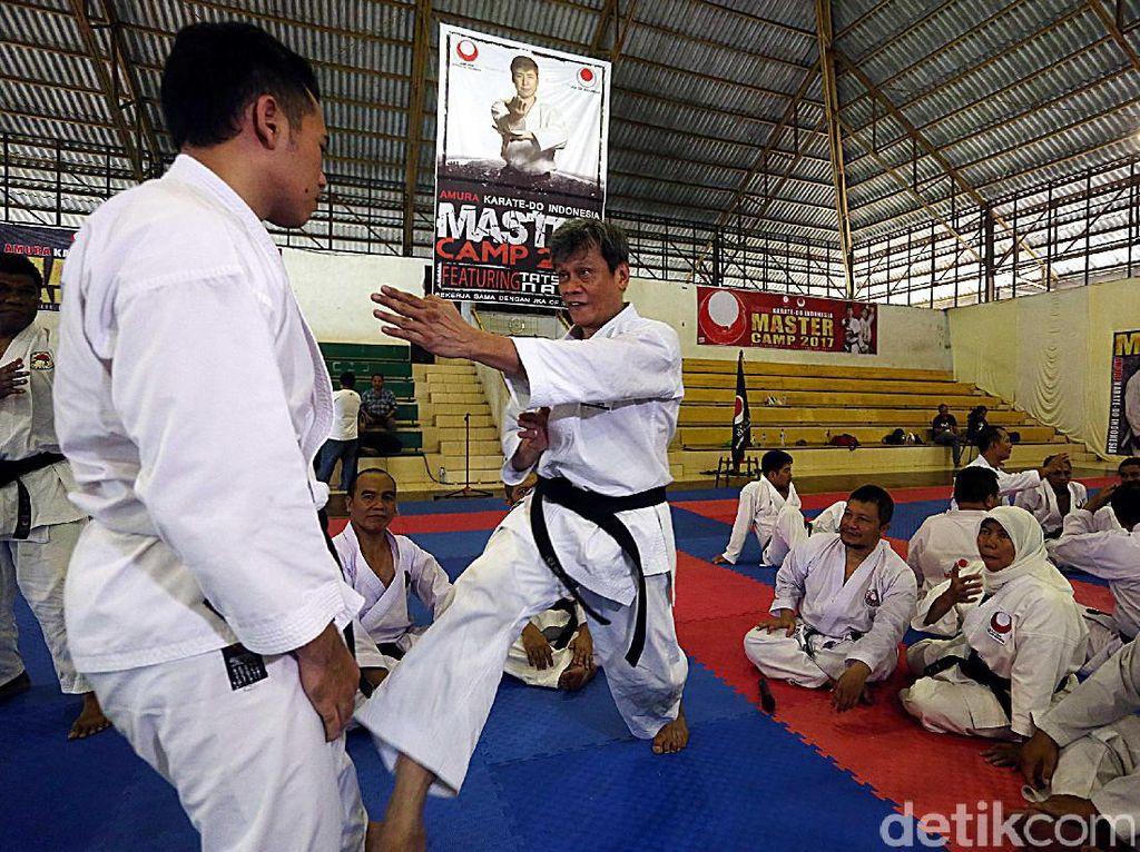 Selain mengasah teknik dan strategi ilmu beladiri, ajang ini juga untuk menciptakan karateka cerdas, terampil, dan disiplin.