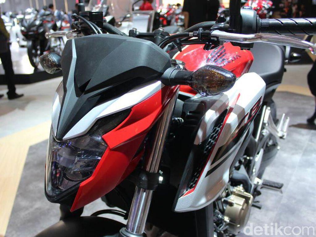 Cantiknya Si Moge Honda CB650F
