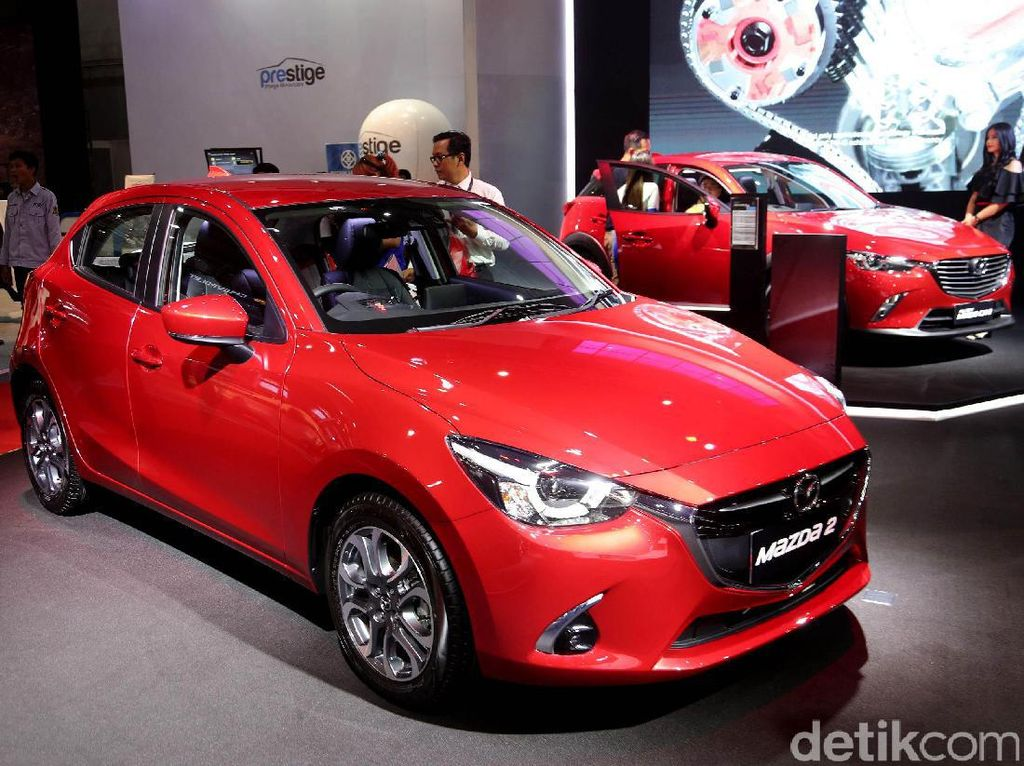 Mazda Ramaikan Ajang IIMS 2017