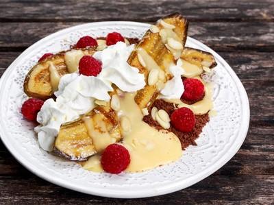 Belum Ada Dessert? Bikin Paduan Pisang Bakar dan Es Krim yang Enak Ini