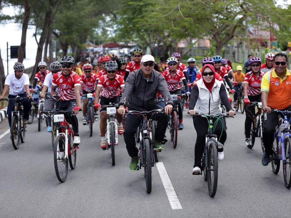Gowes Pesona Nusantara melalui rute dengan jarak total mencapai 5.000 kilometer. Pool/Kemenpora.