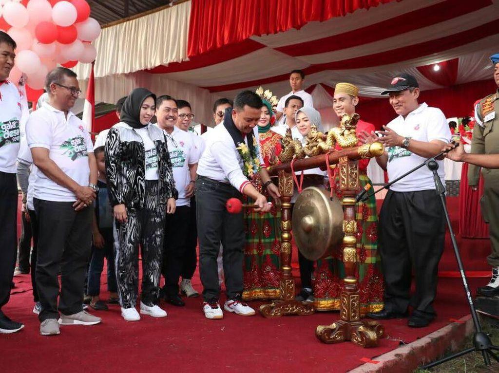Kick-Off Gala Desa dipusatkan di Lapangan Pemuda, Bulukumba, dengan menghadirkan 10 ribu peserta. Pool/dok. Kemenpora.