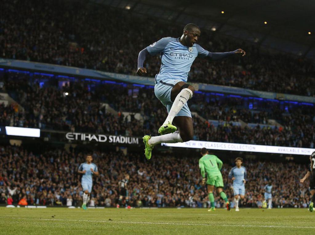 Yaya Toure (Pantai Gading) sejauh ini sudah mencetak 62 gol dalam kariernya di Premier League. (Foto: Andrew Yates/Reuters)