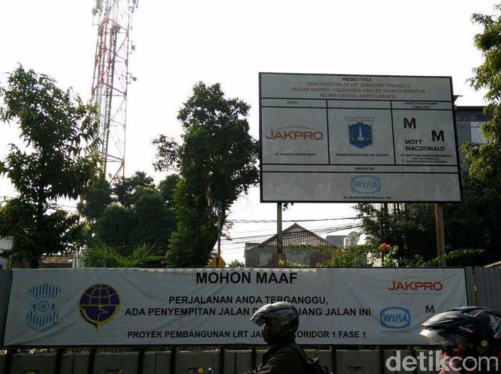 PT Wijaya Karya (Wika) sebagai kontraktor yang dipercaya Badan Usaha Milik Daerah (BUMD) DKI Jakarta, PT Jakarta Propertindo (Jakpro) yang mengerjakan proyek tersebut, optimis proyek tersebut akan rampung pada Juni 2018 mendatang, sebelum akhirnya bisa dioperasikan Agustus 2018 saat gelaran Asian Games 2018 berlangsung. Pool/Citra Fitri Mardiana.