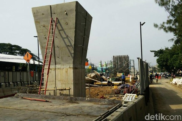 Melihat Perkembangan Proyek LRT Jakarta