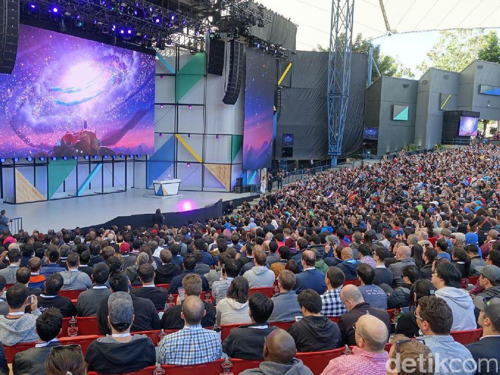 Setelah Pichai, para petinggi Google lainnya silih berganti memaparkan update terbaru dari fitur-fitur jagoan sang raksasa internet dunia ini. Foto: rns/detikINET