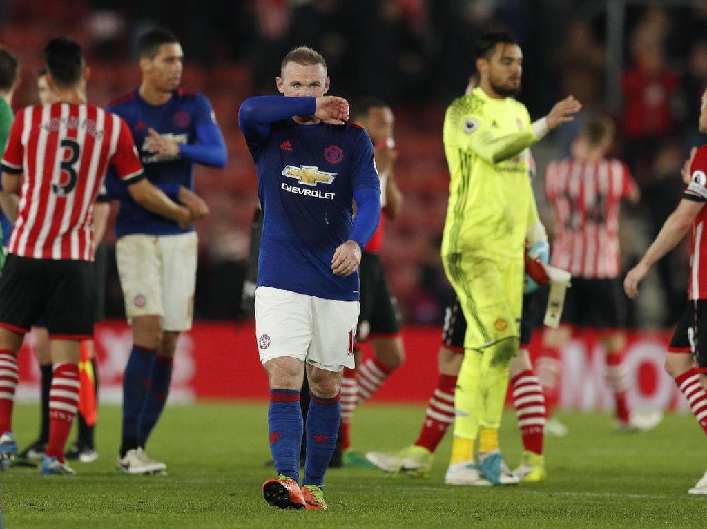 Skor Kacamata di Laga MU vs Southampton