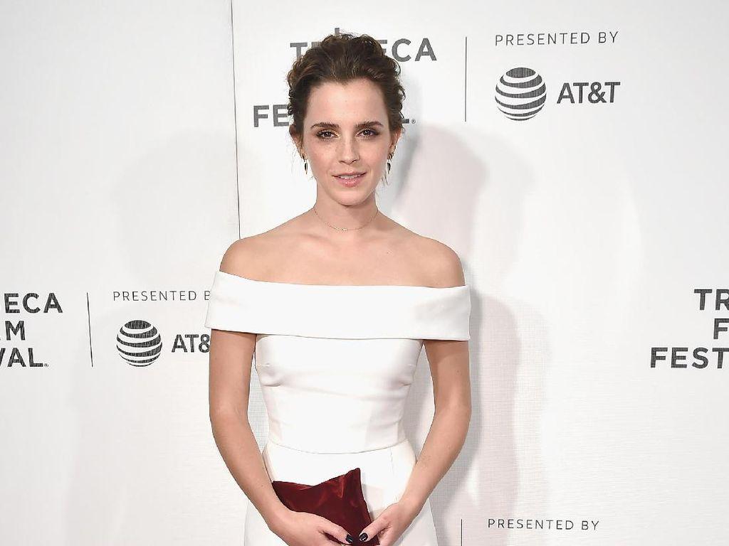 Foto: 15 Penampilan Mempesona Emma Watson