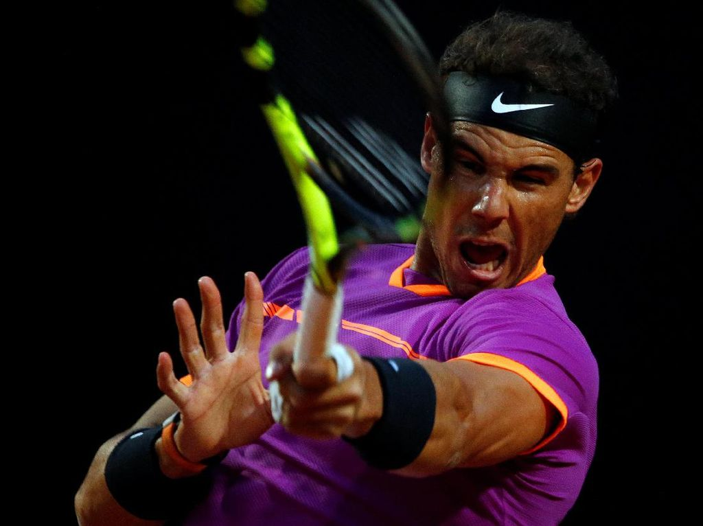 Nadal Dihempaskan Dominic Thiem