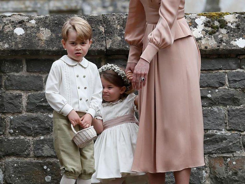 Viral Momen Kate Middleton Marahi Anaknya di Pernikahan Pippa Middleton