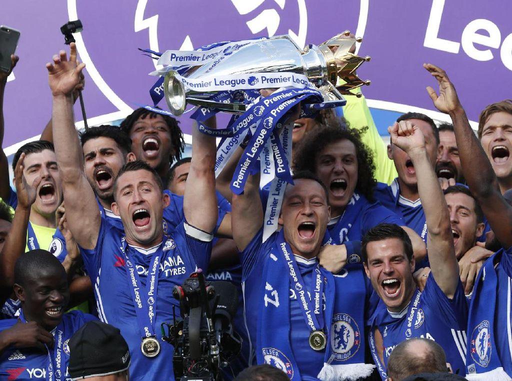Chelsea Rayakan Gelar Juara Premier League